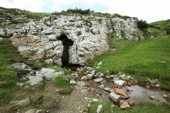 Grotta di Attila - Passo di Lanza - esterni